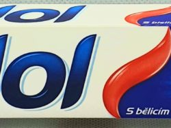 Zubná pasta Whitening